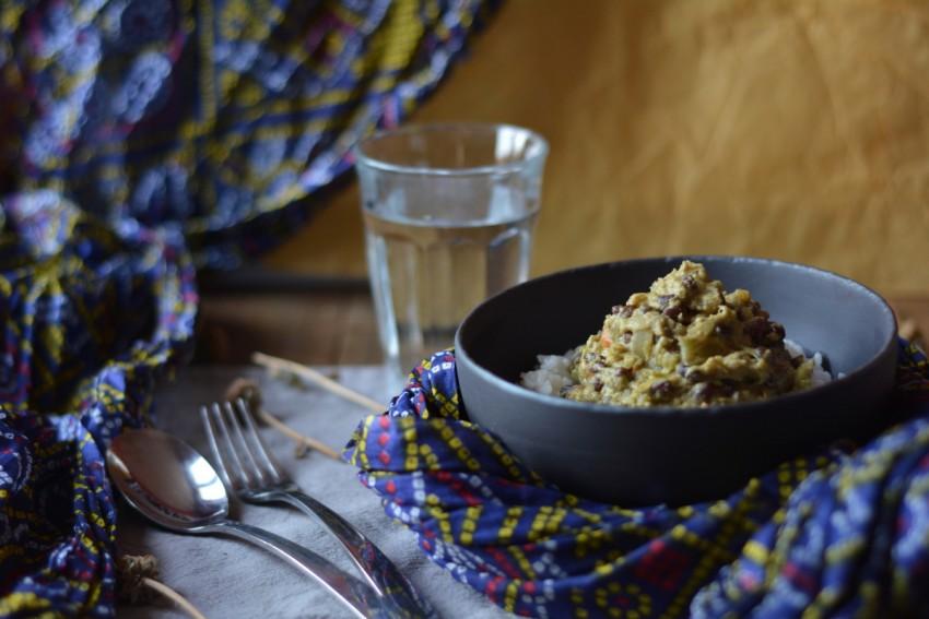 Curry de chou et azukis vegan